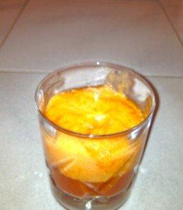 Soupe de tomates et sa chantilly de poivrons dans Entrees IMG_0013-262x300